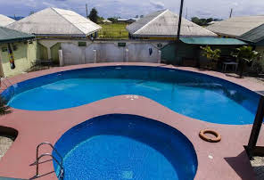Eemjm hotels Uyo swimming pool - hotelbooking Nigeria